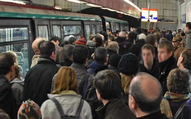 Où se placer sur un quai pour avoir une place dans le métro ?