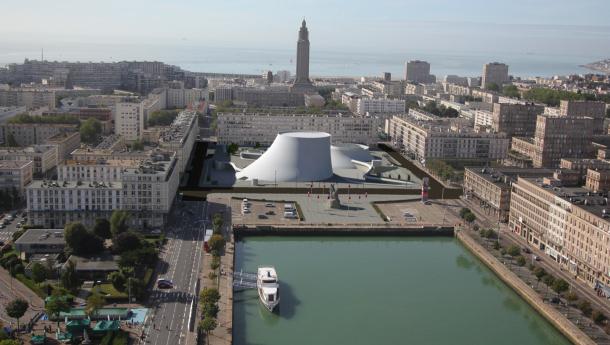 Dès 2001, la ville du Havre s'est dotée d'une maquette 3D. À l'époque le SIG n'était pas prêt pour la 3D. Depuis les développements se sont multipliés, à l'image de ces vues au rendu photo-réaliste. © SIGU-TOPO LE HAVRE